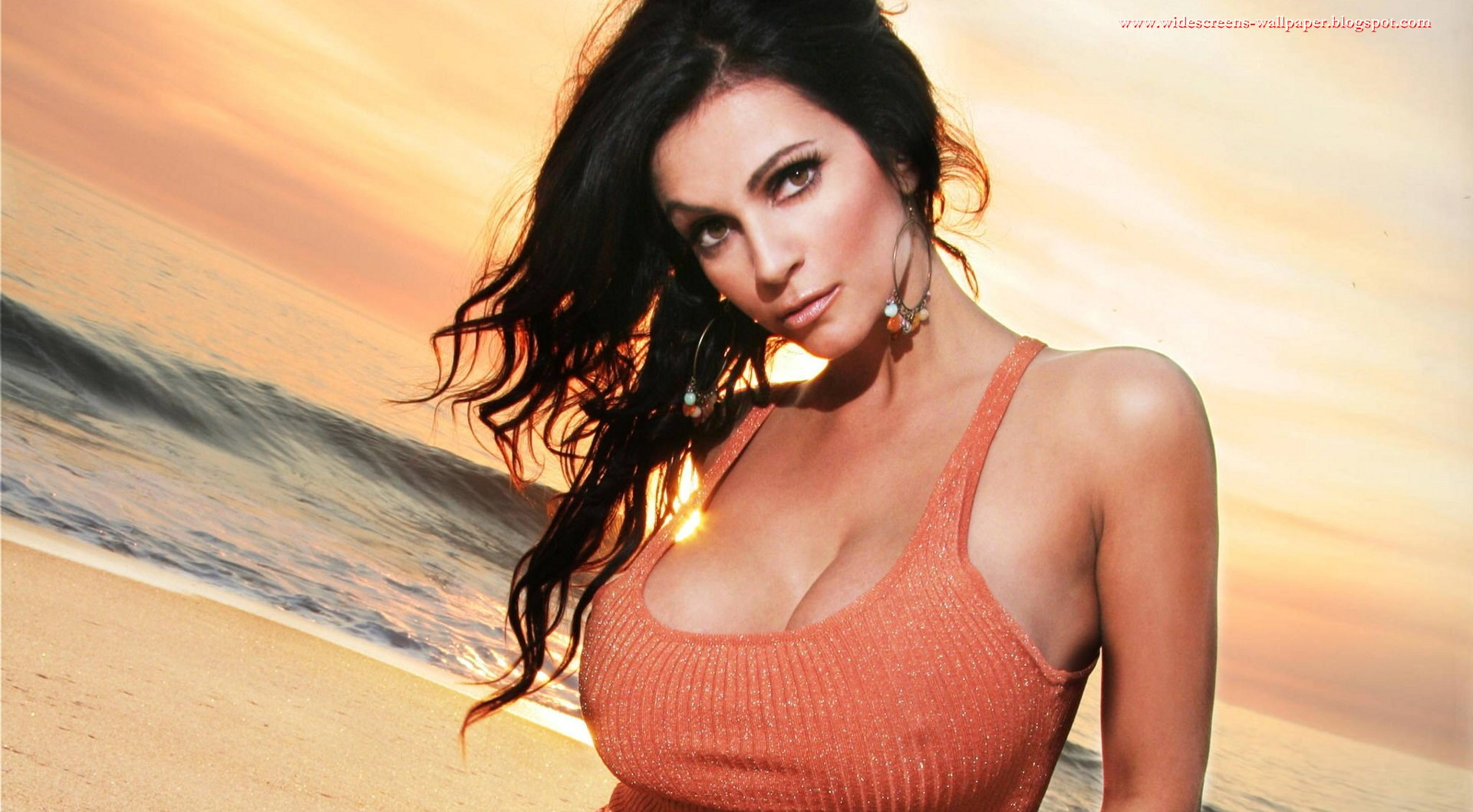 hot-and-sexy-denise-milani-wallpaper.jpg